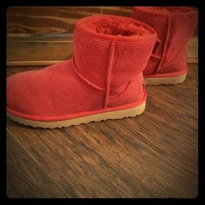 Ugg Sparkley booties!!! ❤